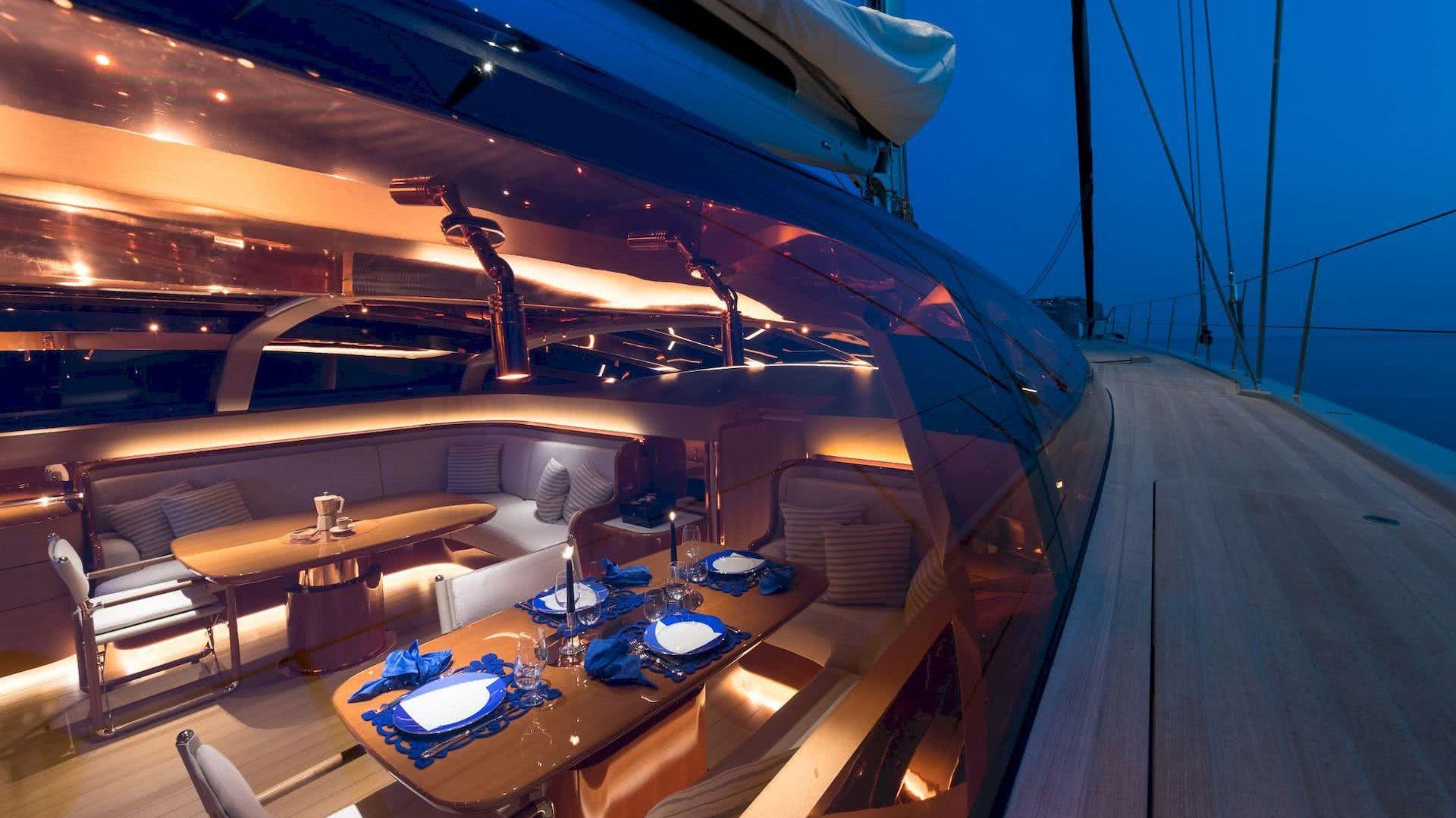 Ribelle Yacht Vitters Interior Deck Salon