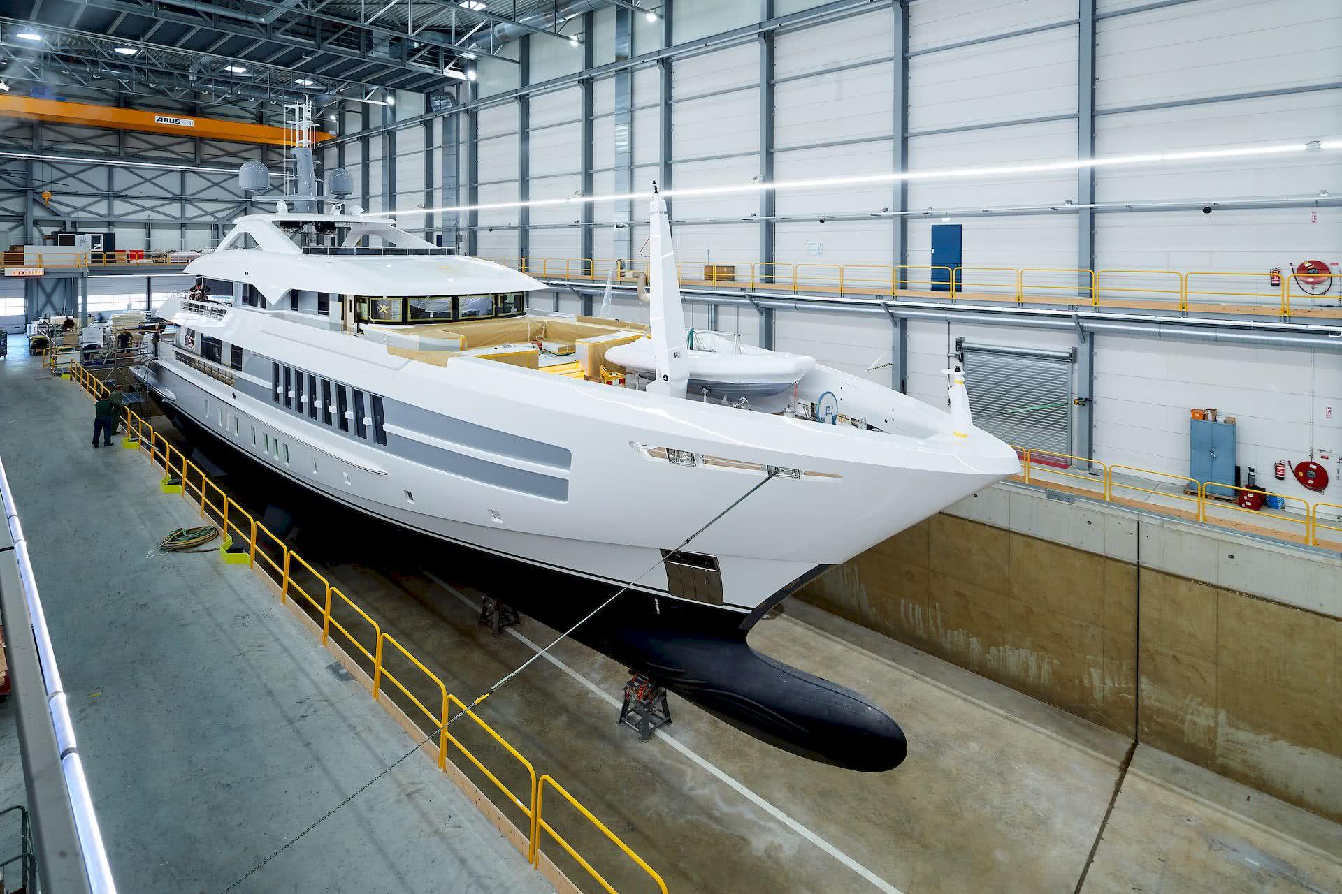 Castor Heesen Yachts