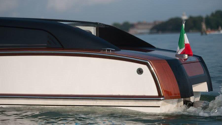 Thunder Venetian Water Taxi Nuvolari Lenard