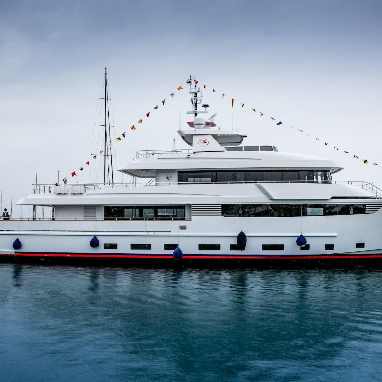 Crowbridge Yacht Cantiere delle Marche